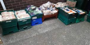 Main image for Community group offers up surplus food