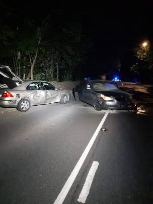 Main image for Police called to Pontefract Road collision
