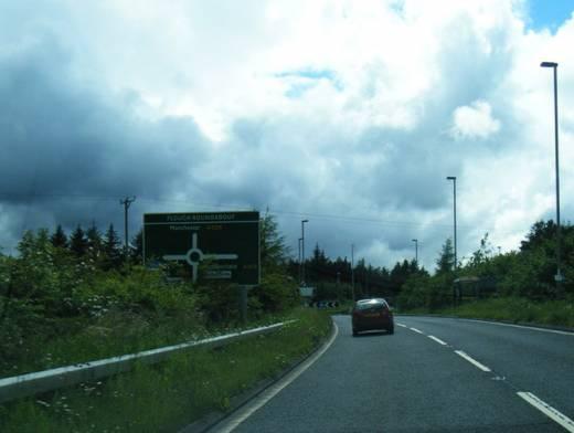 Main image for Woodhead pass closed