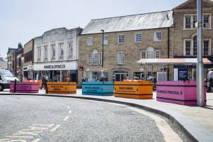 Main image for Artwork gives nod to town centre's past