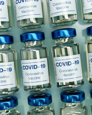 Main image for Drop-in centre aids with vaccine roll-out
