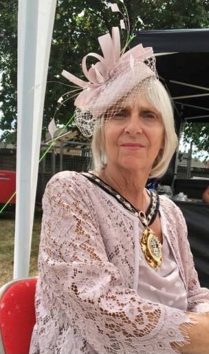 Main image for Former mayor attends dementia awareness event