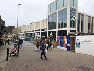 Main image for Shoppers raise concerns over market's future